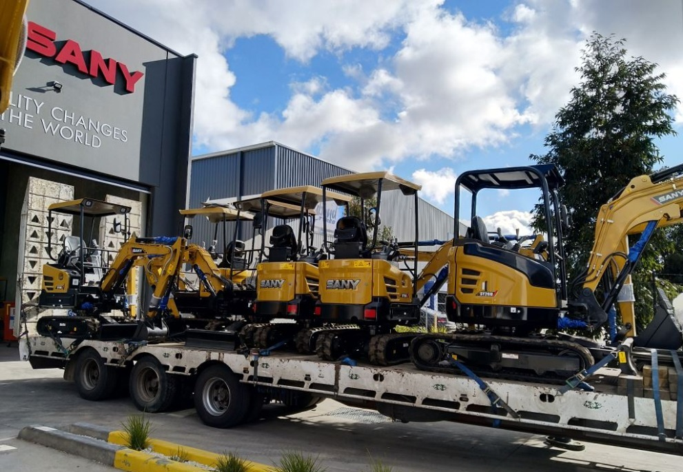 YELLO EQUIPMENT RECEIVES FIRST SHIPMENT IN QLD